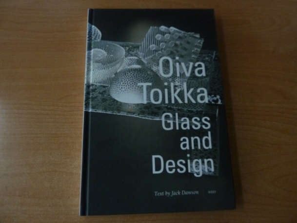 Oiva Toikka book Glass and design | Chlas Atelier